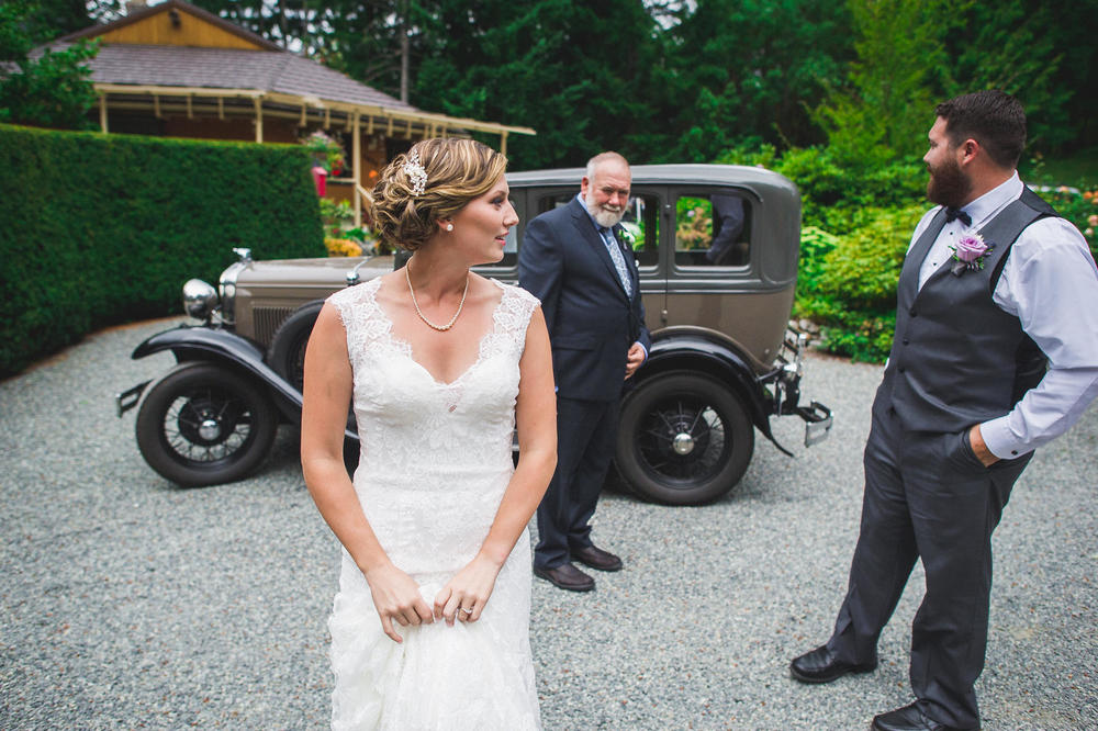 Emily-Travis-Cowichan-Wedding-Deringer-Photography-24.jpg