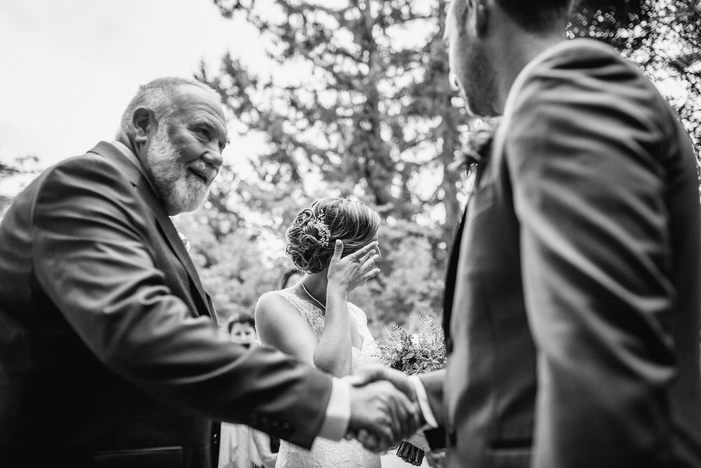 Emily-Travis-Cowichan-Wedding-Deringer-Photography-33.jpg