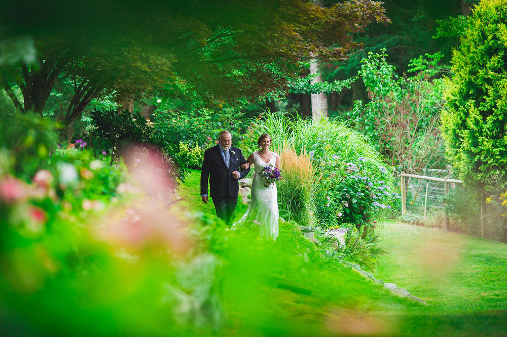 Emily-Travis-Cowichan-Wedding-Deringer-Photography-32.jpg
