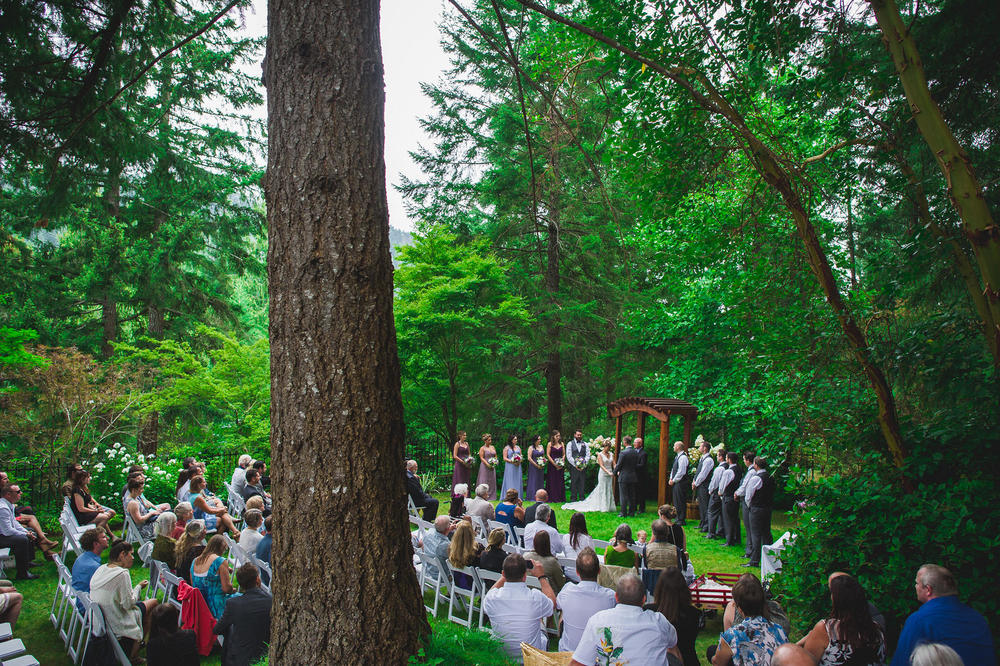 Emily-Travis-Cowichan-Wedding-Deringer-Photography-35.jpg