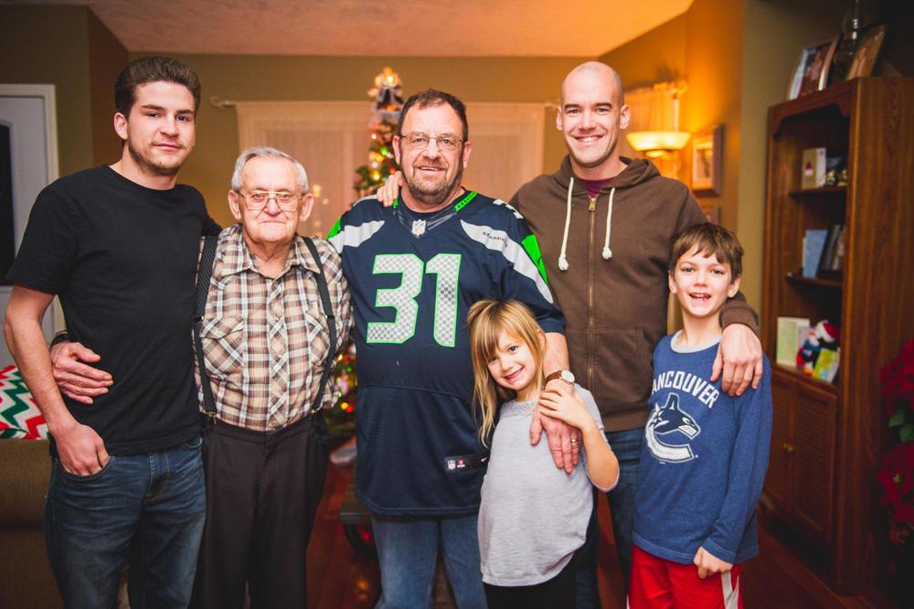 2015 December 21 Family_5334.jpg
