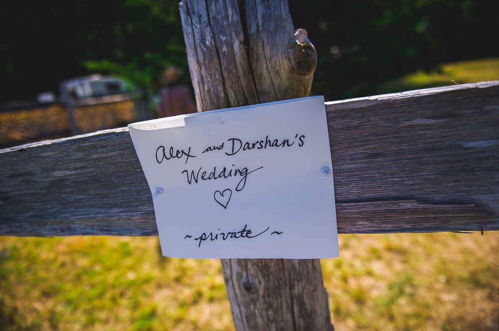 Deringer Photography-Cortes Island Wedding-22.jpg