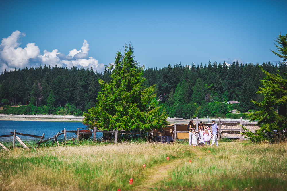 Deringer Photography-Cortes Island Wedding-63.jpg