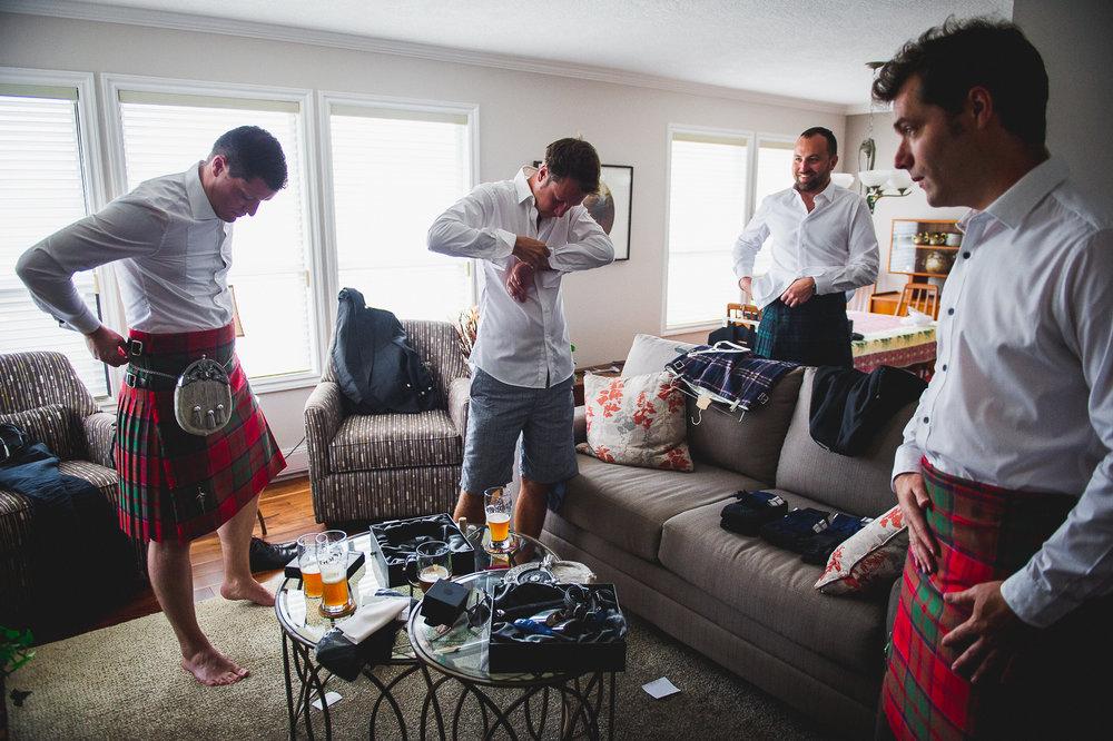 2016 Wedding - Dave & Ayah - Craigdarroch Castle-15.jpg