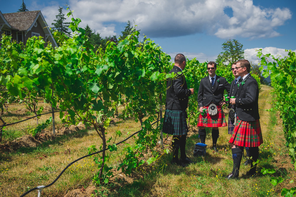 2016 Wedding - Dave & Ayah - Craigdarroch Castle-25.jpg
