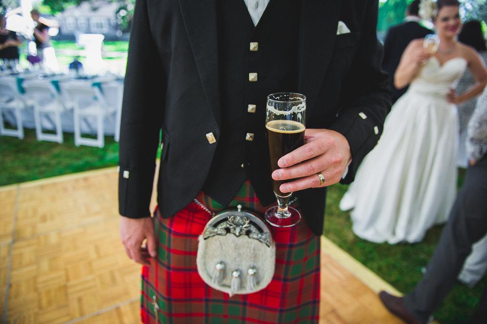 2016 Wedding - Dave & Ayah - Craigdarroch Castle-39.jpg