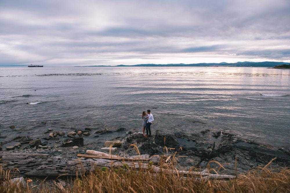 2018-07-22 Matt Robyn Deringer Photography Victoria BC Enagagement Photography-8.jpg