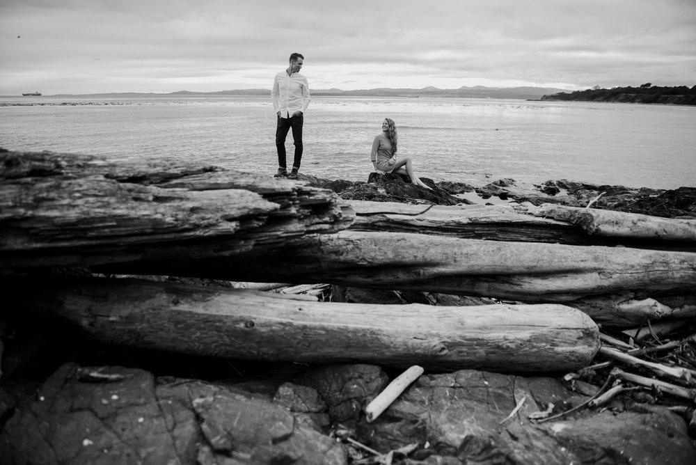 2018-07-22 Matt Robyn Deringer Photography Victoria BC Enagagement Photography-12.jpg
