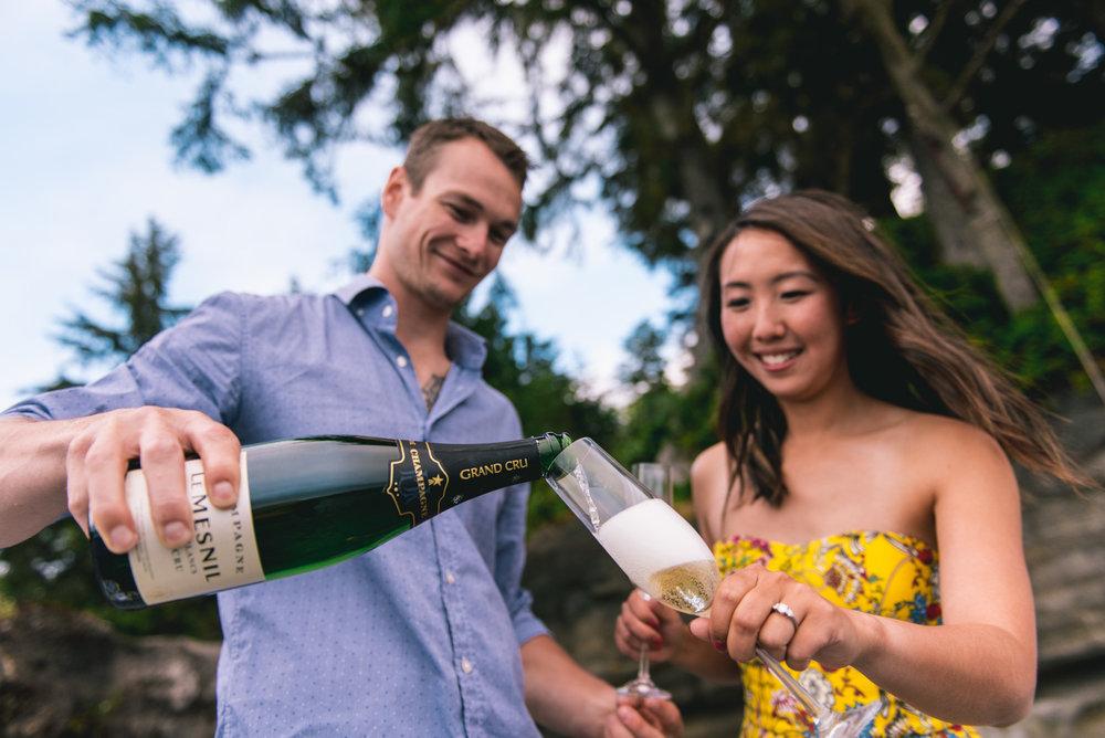 2018-08-16 Deringer Photography Vancouver Island Beach Wedding-13.jpg