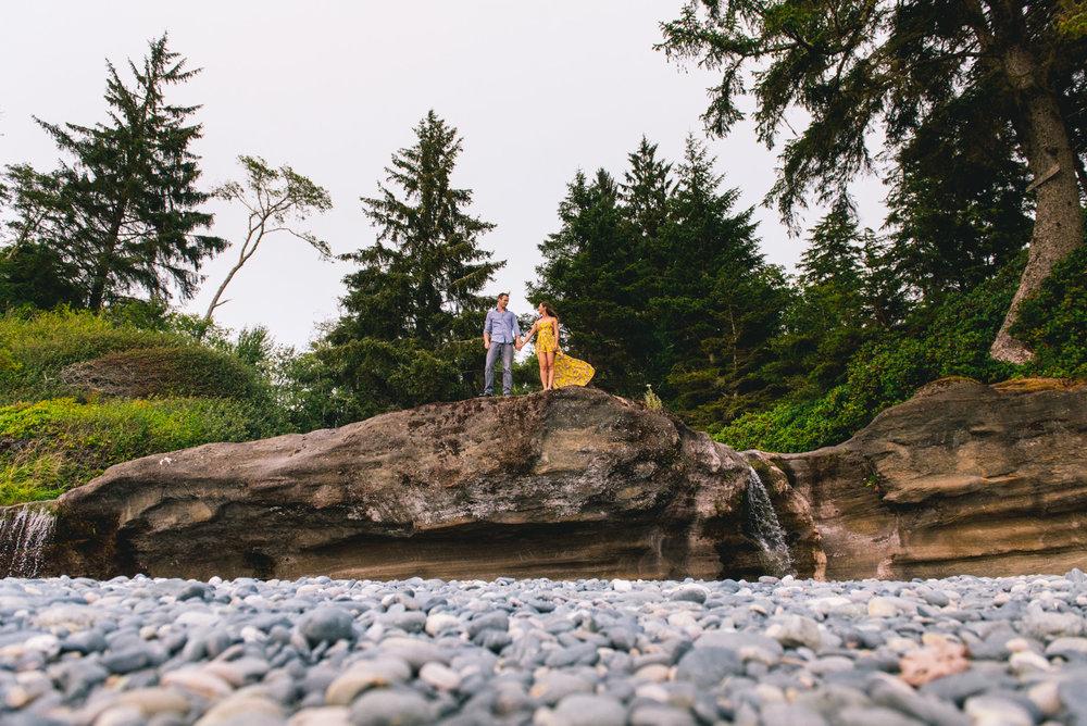 2018-08-16 Deringer Photography Vancouver Island Beach Wedding-18.jpg