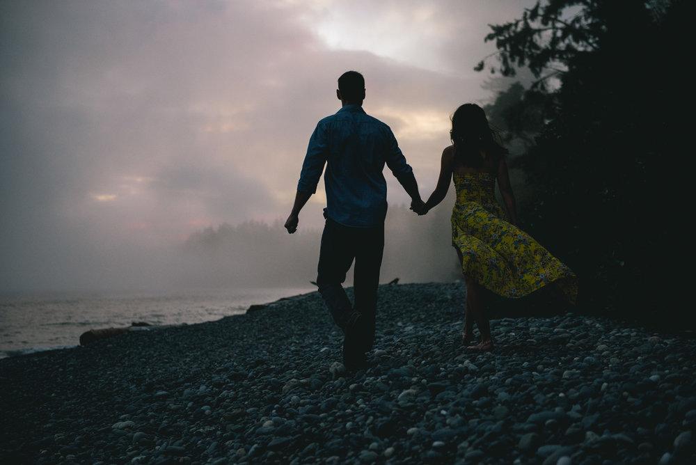 2018-08-16 Deringer Photography Vancouver Island Beach Wedding-23.jpg