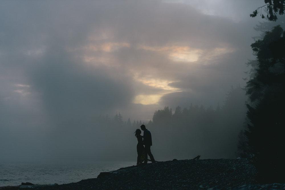 2018-08-16 Deringer Photography Vancouver Island Beach Wedding-25.jpg