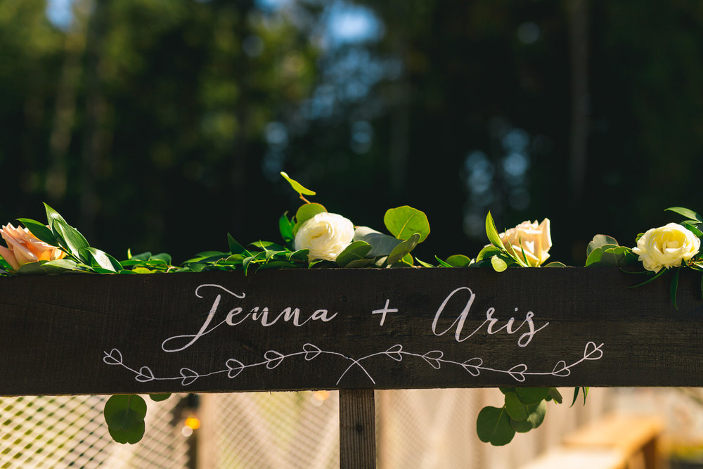 2018-09-01 Jenna Aris Deringer Photography Wedding Sea Cider Winery-48.jpg