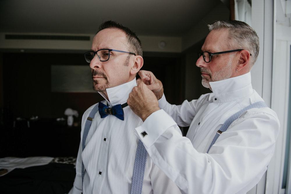 2018-09-01 Andrew Keith Deringer Photography Laurel Point Inn Wedding-18.jpg