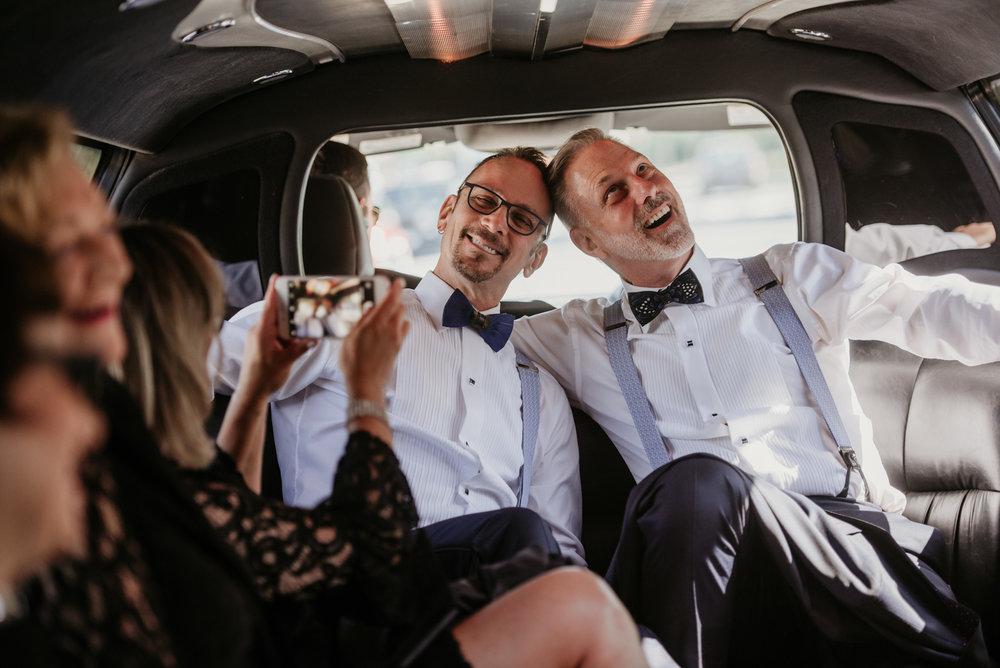 2018-09-01 Andrew Keith Deringer Photography Laurel Point Inn Wedding-25.jpg