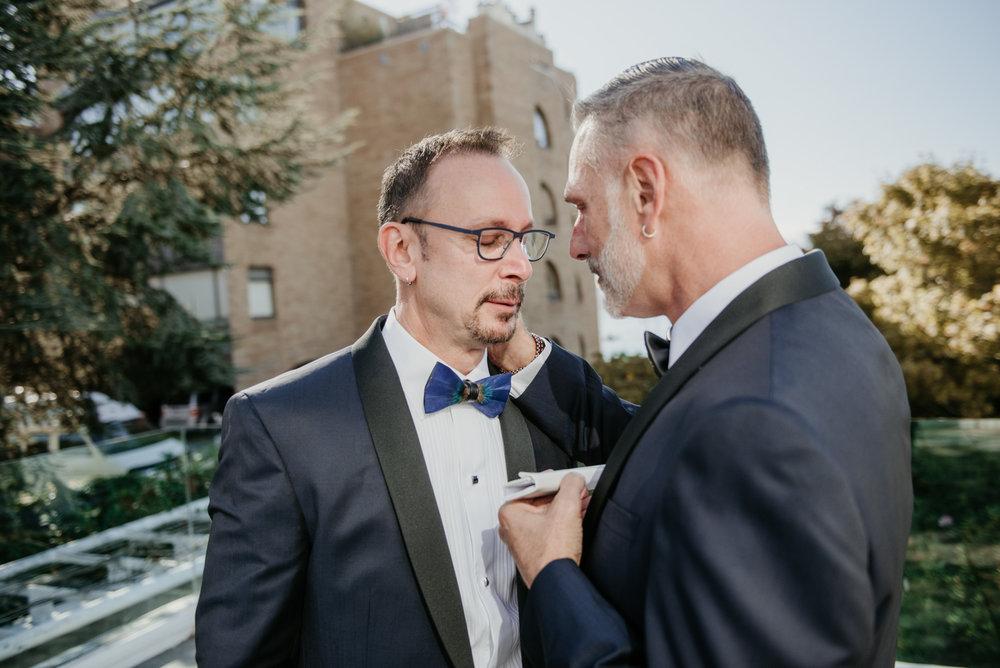 2018-09-01 Andrew Keith Deringer Photography Laurel Point Inn Wedding-43.jpg