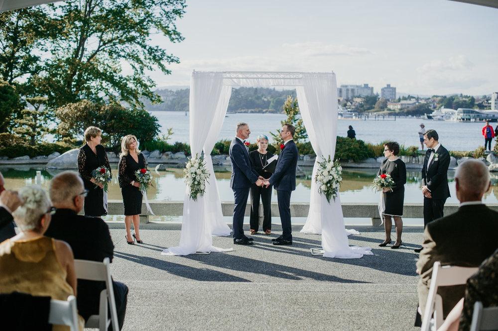 2018-09-01 Andrew Keith Deringer Photography Laurel Point Inn Wedding-47.jpg