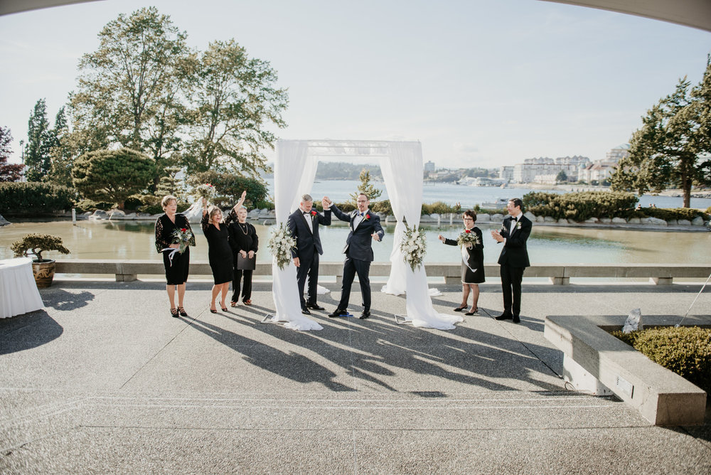 2018-09-01 Andrew Keith Deringer Photography Laurel Point Inn Wedding-50.jpg