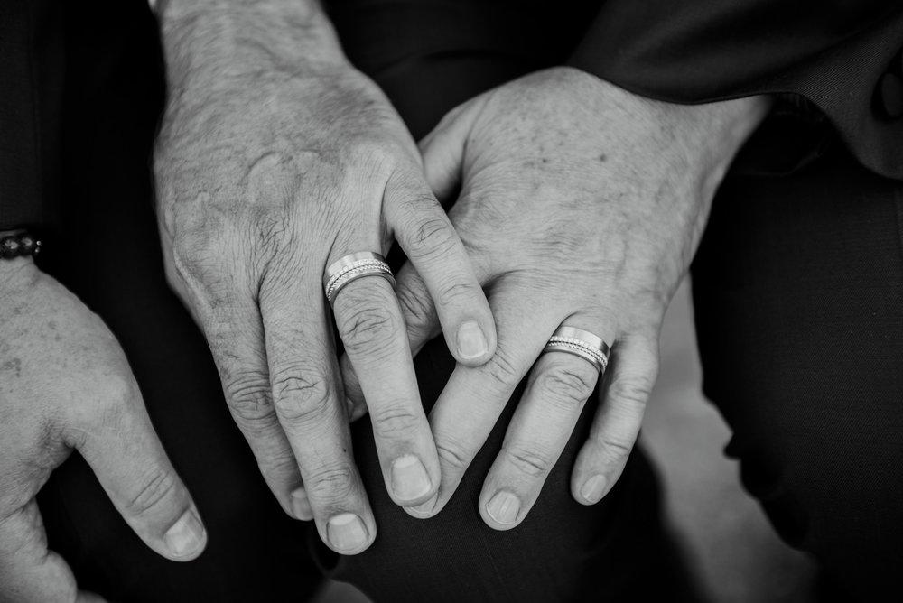2018-09-01 Andrew Keith Deringer Photography Laurel Point Inn Wedding-56.jpg