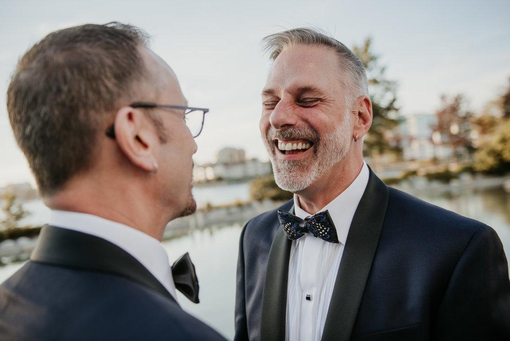 2018-09-01 Andrew Keith Deringer Photography Laurel Point Inn Wedding-59.jpg
