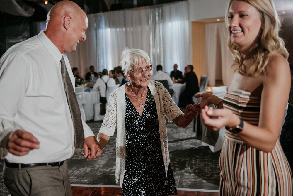 2018-09-01 Andrew Keith Deringer Photography Laurel Point Inn Wedding-63.jpg
