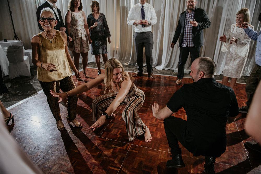 2018-09-01 Andrew Keith Deringer Photography Laurel Point Inn Wedding-67.jpg