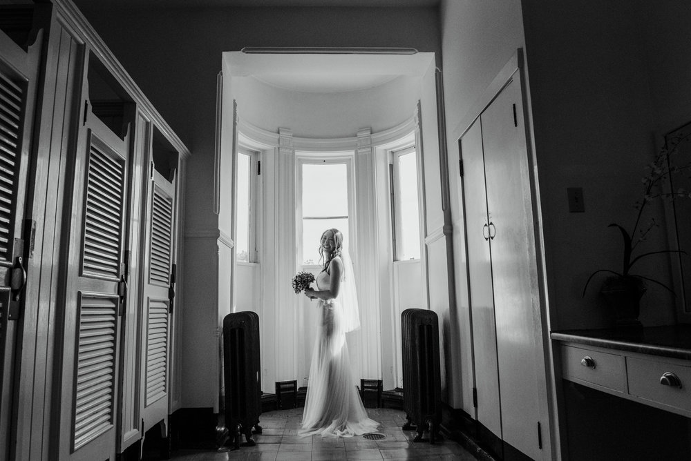 2018-07-28-Wedding-Victoria-BC-Craigdarroch-Castle-June-James-24.jpg
