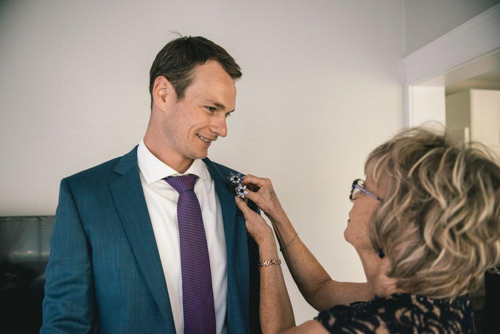 2018-07-28-Wedding-Victoria-BC-Craigdarroch-Castle-June-James-23.jpg