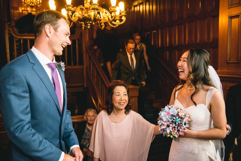 2018-07-28-Wedding-Victoria-BC-Craigdarroch-Castle-June-James-27.jpg