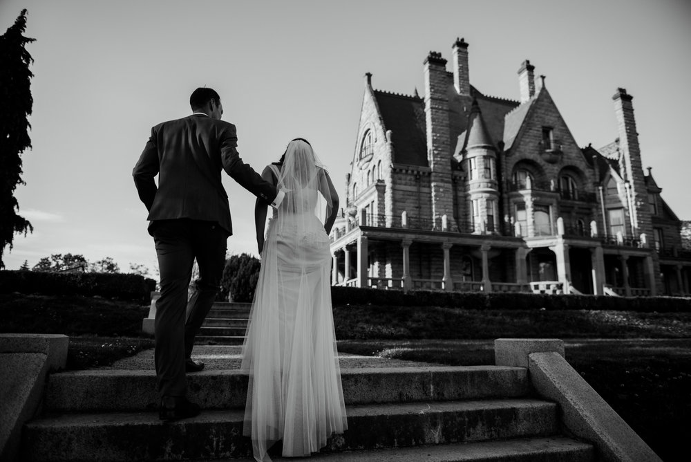 2018-07-28-Wedding-Victoria-BC-Craigdarroch-Castle-June-James-35.jpg