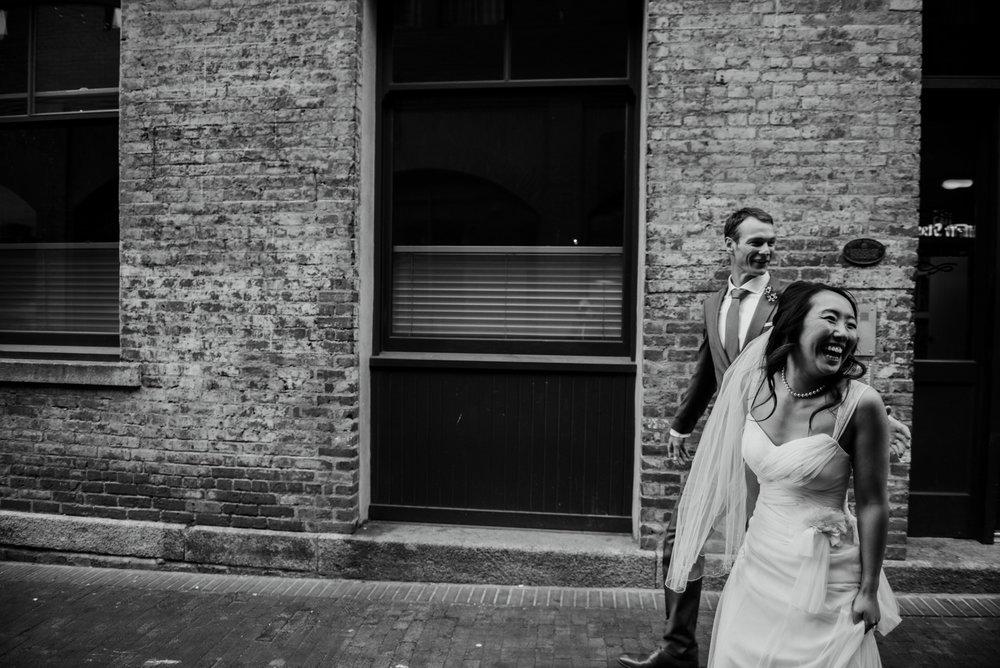 2018-07-28-Wedding-Victoria-BC-Craigdarroch-Castle-June-James-37.jpg