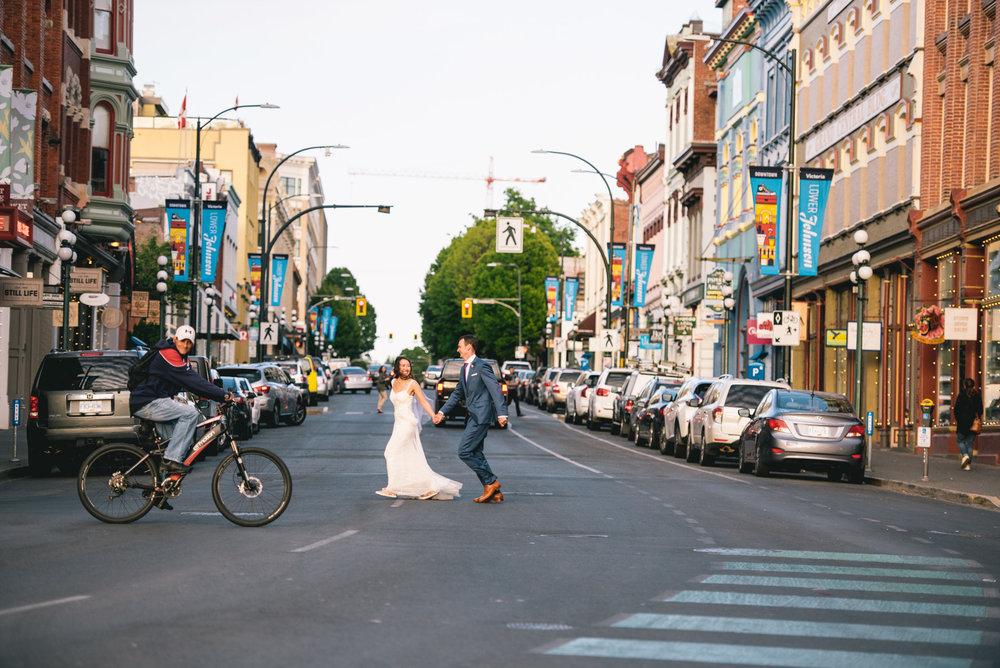 2018-07-28-Wedding-Victoria-BC-Craigdarroch-Castle-June-James-40.jpg