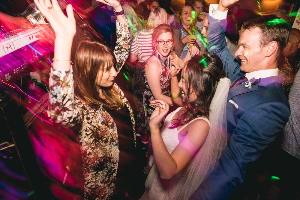 2018-07-28-Wedding-Victoria-BC-Craigdarroch-Castle-June-James-45.jpg