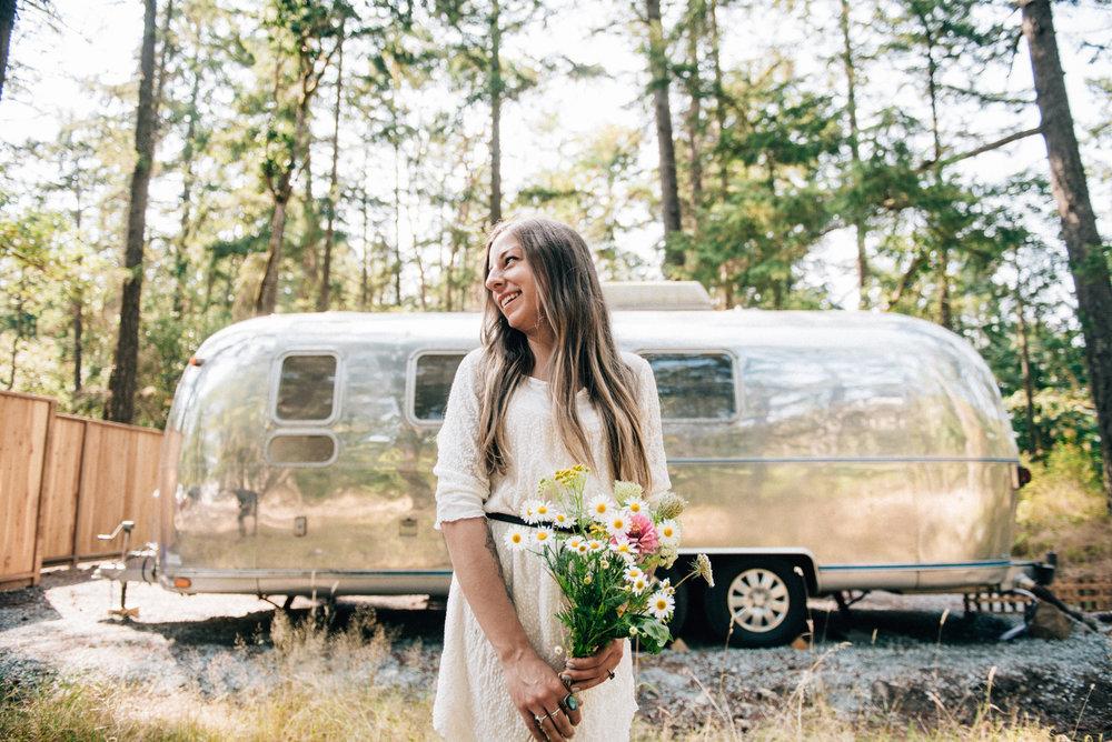2018-07-28-Wedding-Victoria-BC-Heather-Chris-Airstream-22.jpg