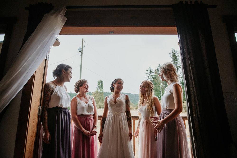 2018-08011-Wedding-Victoria-BC-Birds-Eye-Cove-Farm-Heather-Chris-41.jpg