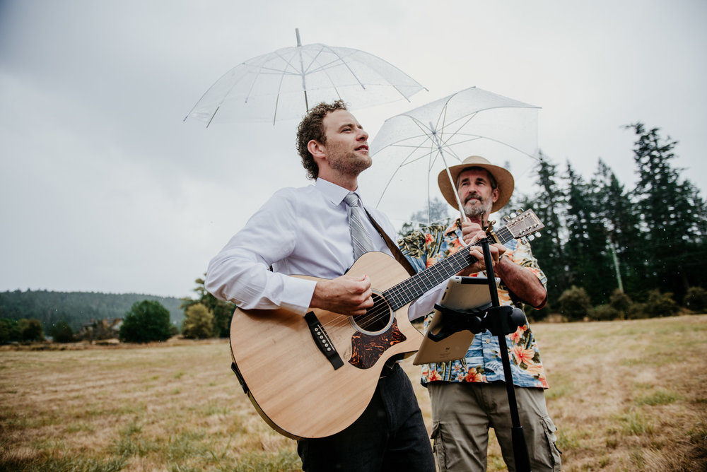 2018-08011-Wedding-Victoria-BC-Birds-Eye-Cove-Farm-Heather-Chris-46.jpg