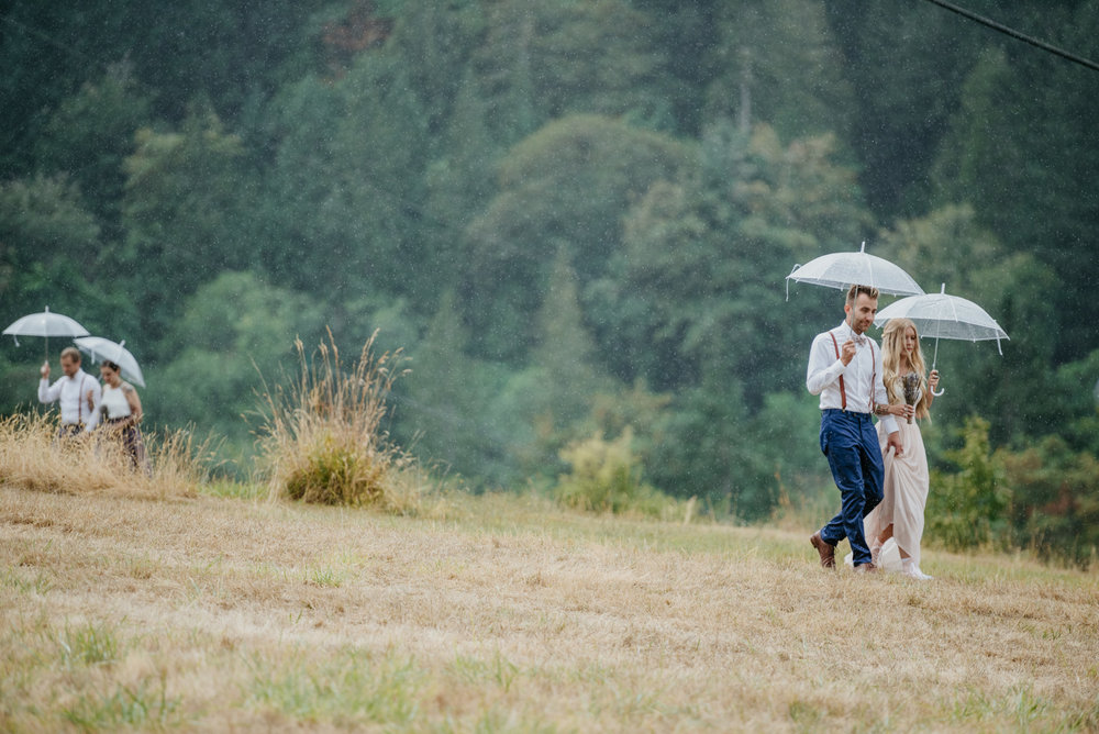 2018-08011-Wedding-Victoria-BC-Birds-Eye-Cove-Farm-Heather-Chris-51.jpg