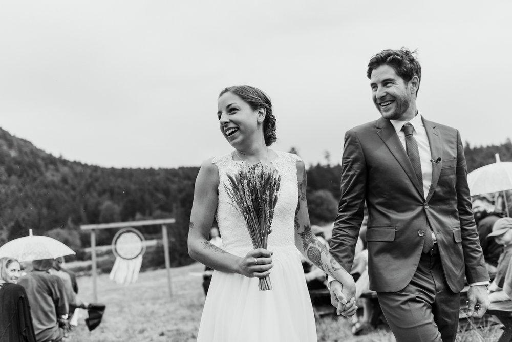2018-08011-Wedding-Victoria-BC-Birds-Eye-Cove-Farm-Heather-Chris-69.jpg