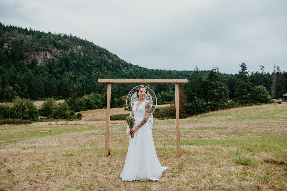 2018-08011-Wedding-Victoria-BC-Birds-Eye-Cove-Farm-Heather-Chris-74.jpg