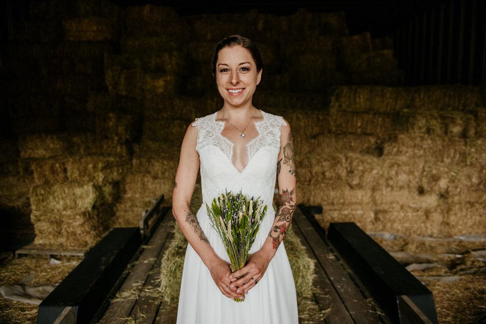 2018-08011-Wedding-Victoria-BC-Birds-Eye-Cove-Farm-Heather-Chris-92.jpg