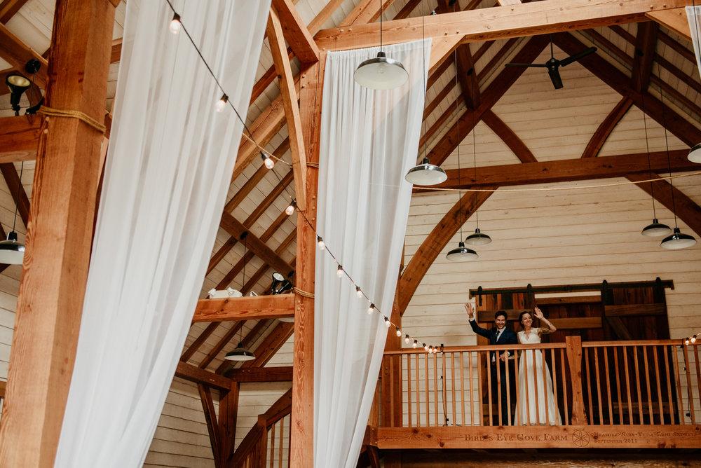 2018-08011-Wedding-Victoria-BC-Birds-Eye-Cove-Farm-Heather-Chris-102.jpg