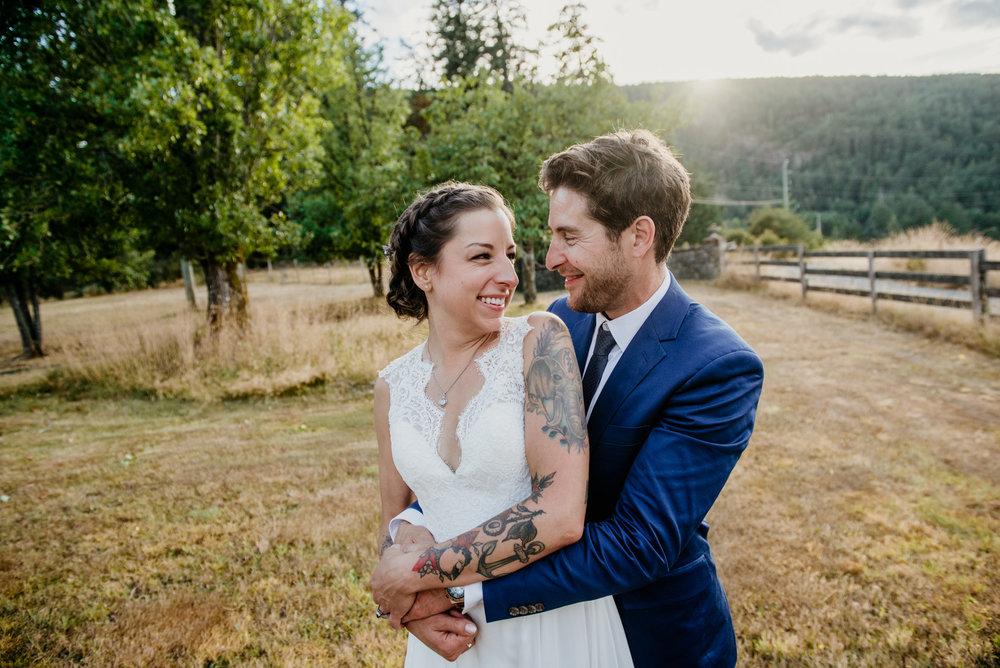 2018-08011-Wedding-Victoria-BC-Birds-Eye-Cove-Farm-Heather-Chris-119.jpg