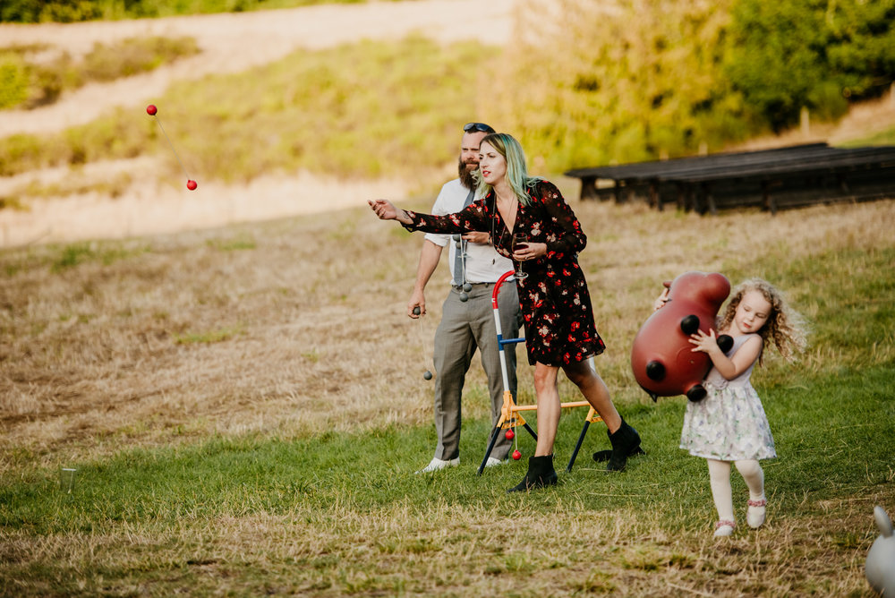 2018-08011-Wedding-Victoria-BC-Birds-Eye-Cove-Farm-Heather-Chris-123.jpg