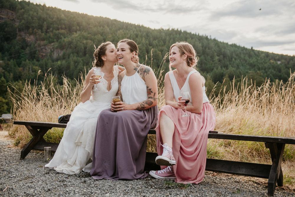 2018-08011-Wedding-Victoria-BC-Birds-Eye-Cove-Farm-Heather-Chris-126.jpg