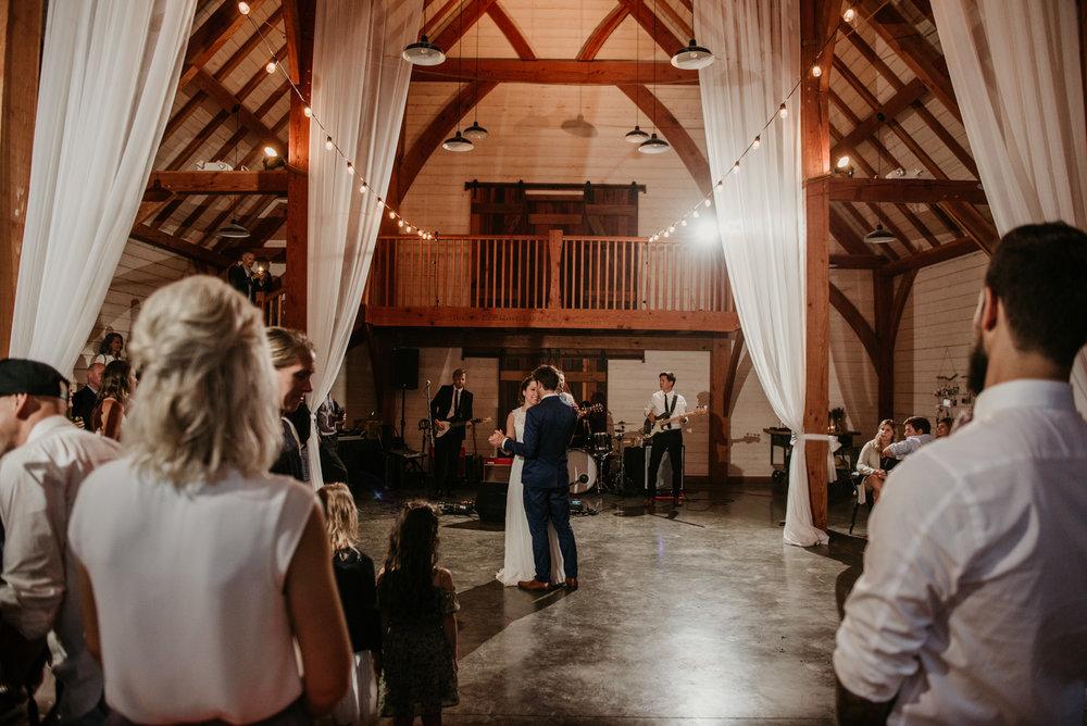2018-08011-Wedding-Victoria-BC-Birds-Eye-Cove-Farm-Heather-Chris-142.jpg