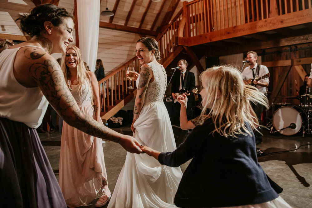 2018-08011-Wedding-Victoria-BC-Birds-Eye-Cove-Farm-Heather-Chris-145.jpg