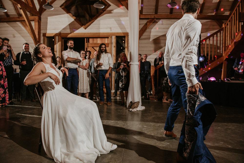 2018-08011-Wedding-Victoria-BC-Birds-Eye-Cove-Farm-Heather-Chris-157.jpg