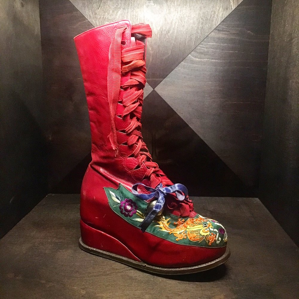 Frida Kahlo boot