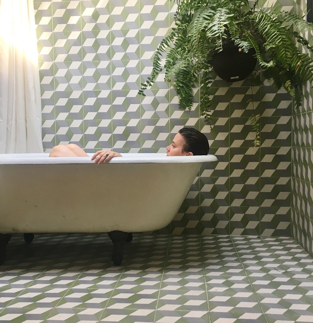 tiled bathtub in Mexico City
