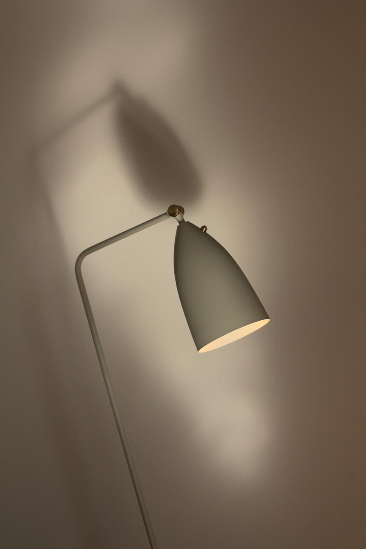 Studio_Bloq_Grasshopper_Lamp_Web.jpg